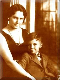 Портрет мамы и сына. Стиву 6 лет.